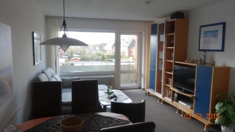 Wohnzimmer mit offener Küche - Fewo Borkum Borkna